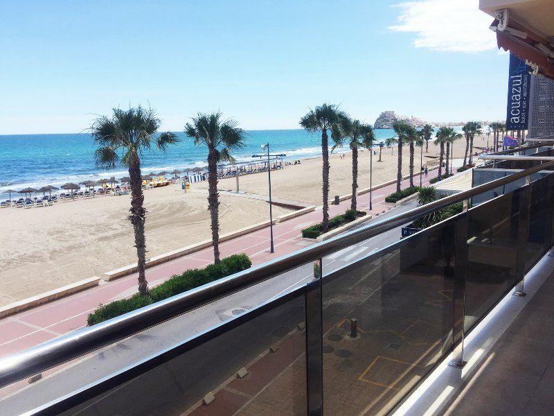 Apartamento situado en primerisima linea de playa