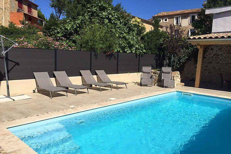 Spacious Holiday Villa with Pool and Aircon