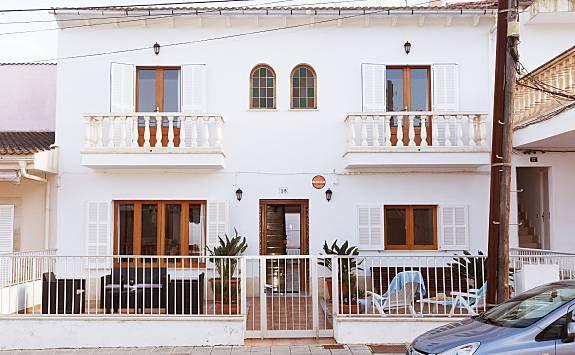 Can Biel, moderna casa a 100 metros de la playa.