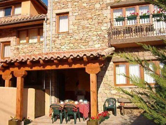 Provista residencia en Hoyos del espino
