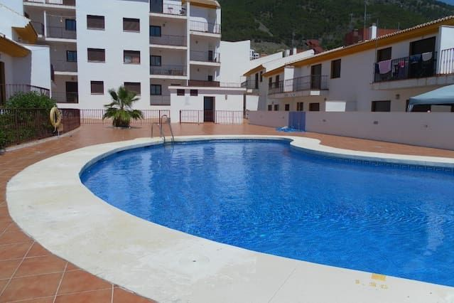 2 bed apartment, Renstead