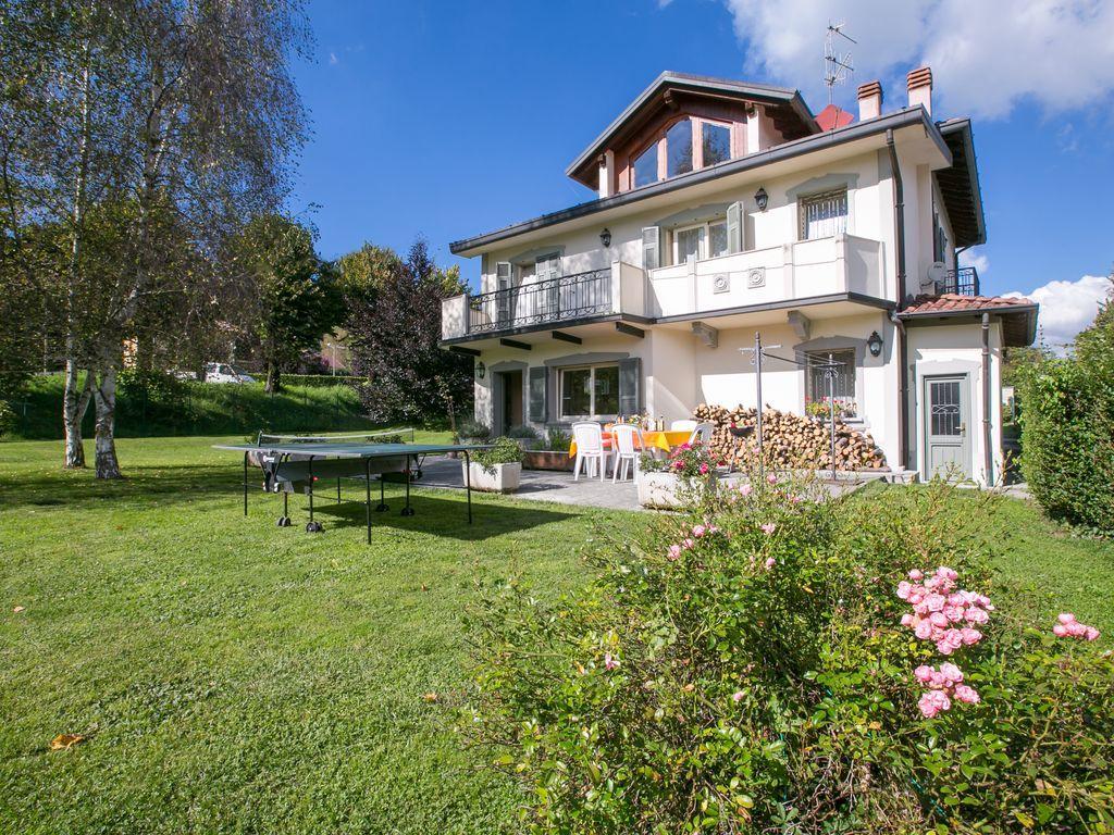 Residencia con jardín para 9 huéspedes