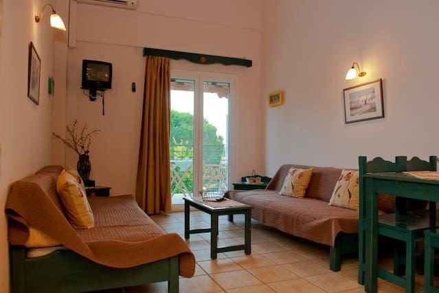 Casa vacanze di 1 stanza a Koukounaries