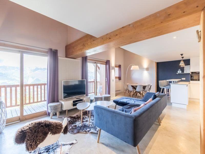 Apartamento de 5 habitaciones con balcón