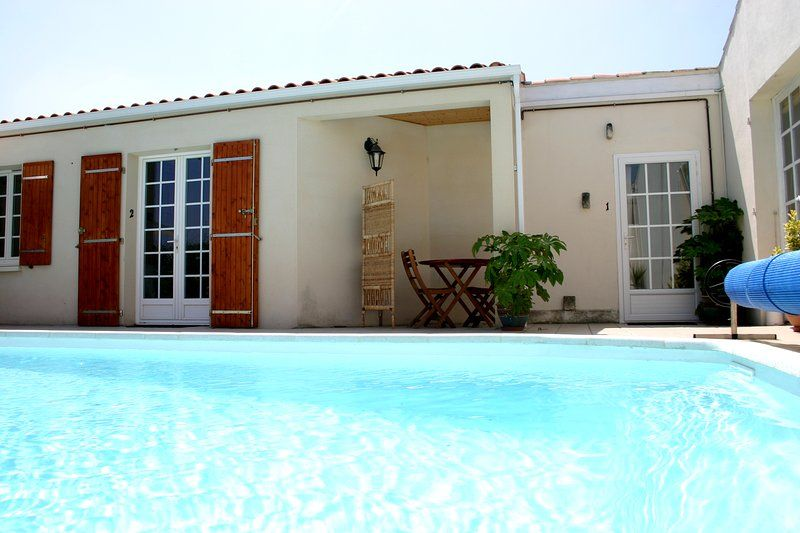 Lovely Studio, Residence nr town with pool, wifi