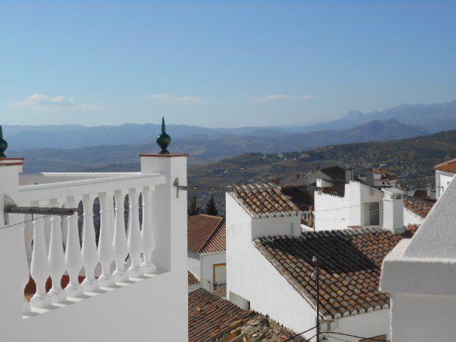 Alojamiento en Alcaucin con wi-fi