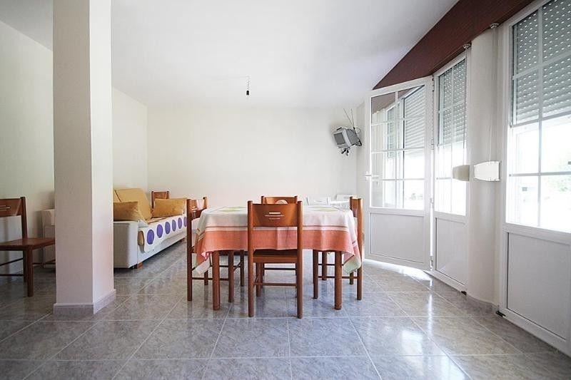 Apartment in Lariño, A Coruña 102041 - Dos Habitaciones Piso, Capacidad 4