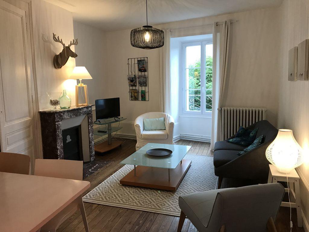 Hébergement de 65 m² à 2 chambres