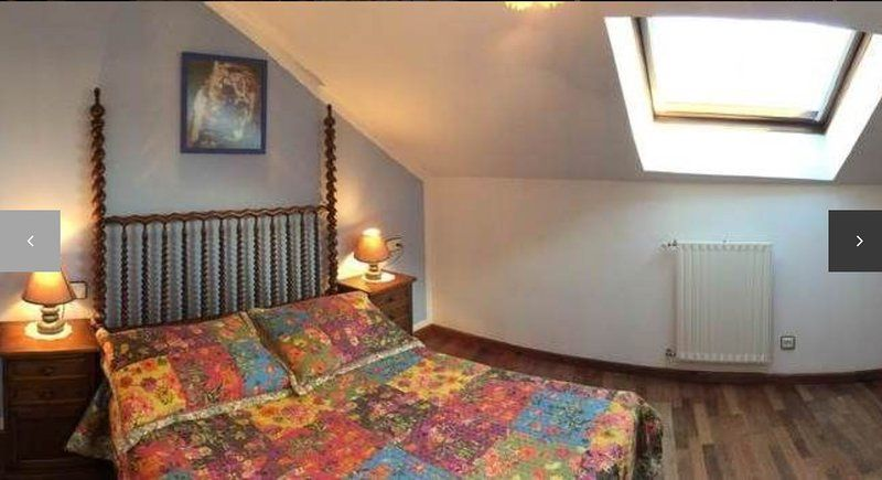 Property in Celorio with 2 rooms