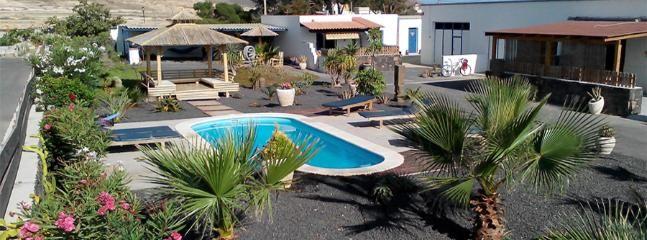 tiki casa 1-4 pers wifi piscine aparcamiento barbacoa de yoga
