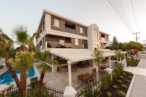 Familiäre Wohnung mit Garten