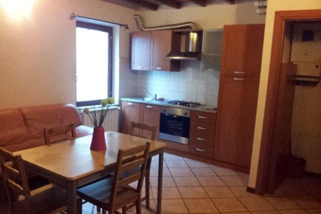 Appartamento Ben Arredato Vicino a Parma