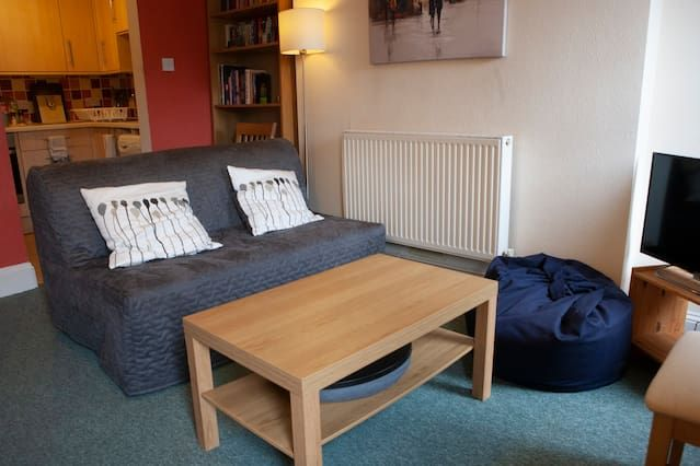 Holiday rental in Bristol with parking included