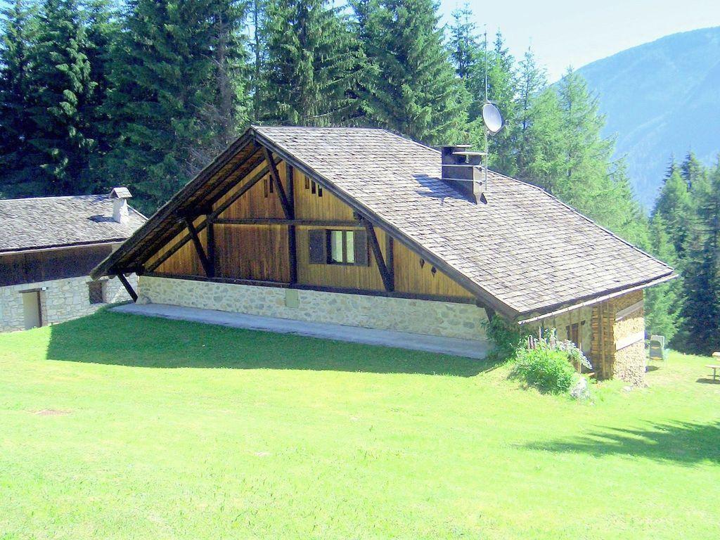 Popular casa de 90 m²