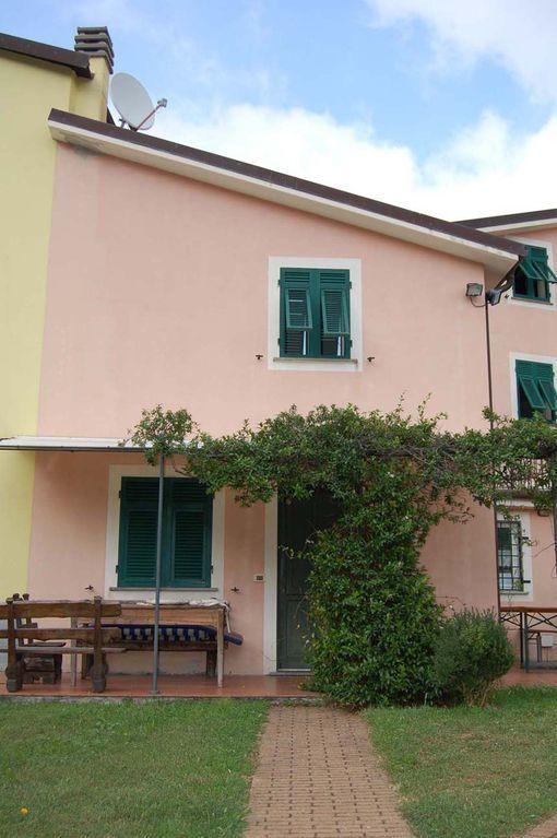 Alojamiento de 1 habitación en Casarza ligure