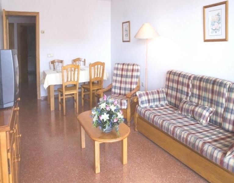 Delightful holiday apartment for 2 in Benidorm