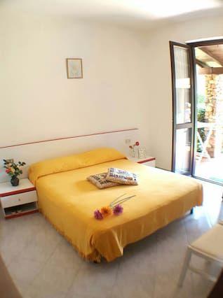 Hébergement de 70 m² avec jardin