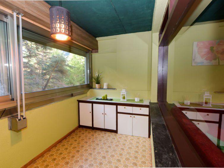 Apartamento de 2 habitaciones con jardín