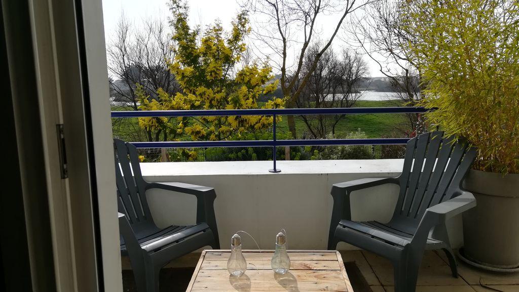Bel appartement T3  avec balcon et jardin clos proche de la plage