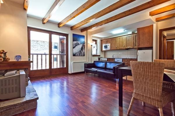 Apartment in Valencia d'aneu für 4 Gäste