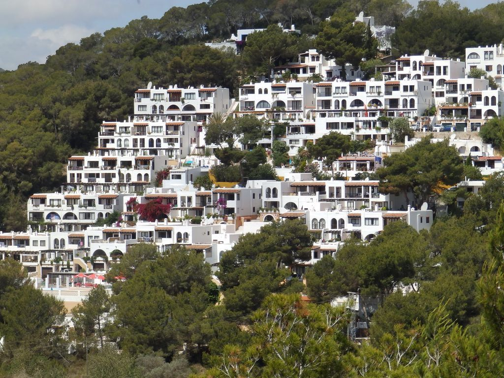 Apartment in Cala llonga with 3 rooms