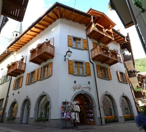 Appartamento per 6 ospiti a Pinzolo