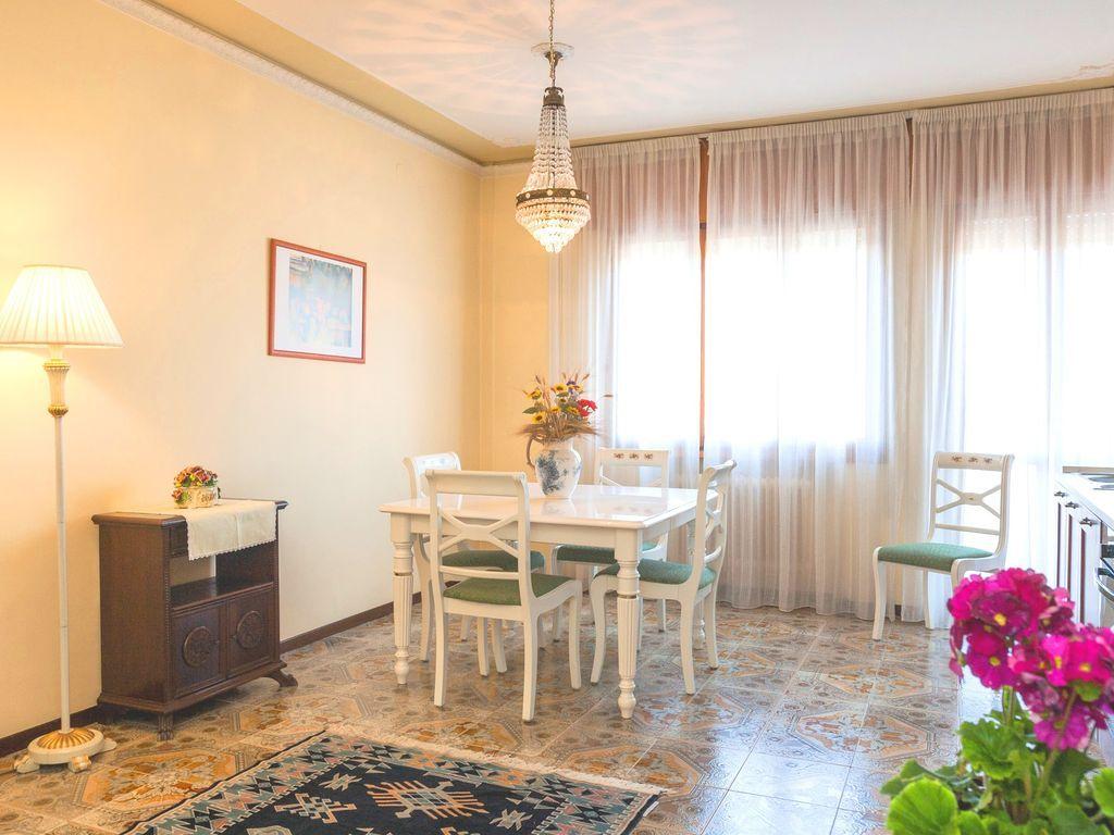VENEDIG-PADUA-VERONA VICENZA- GARDA- Esszimmer 30 m2-Parkplatz-WIFI-