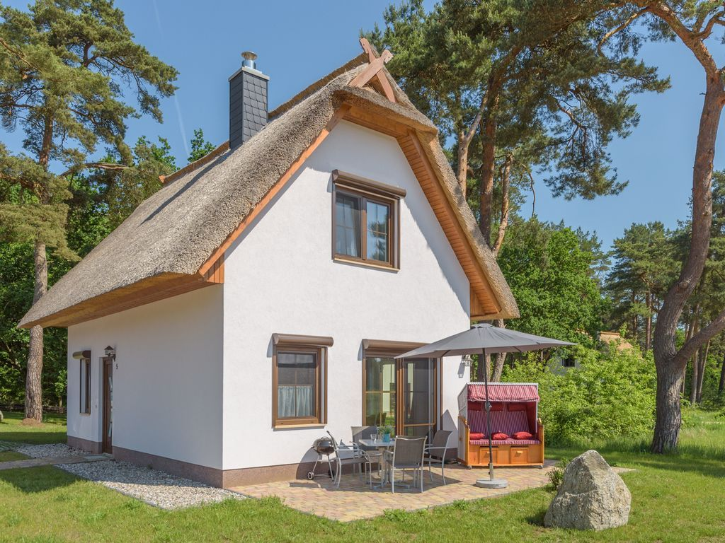 Provista residencia con jardín