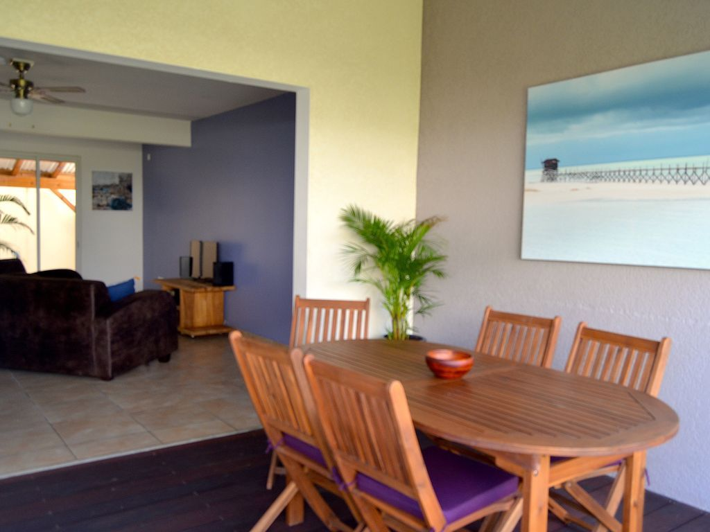 Holiday rental in Saint-françois with 2 rooms