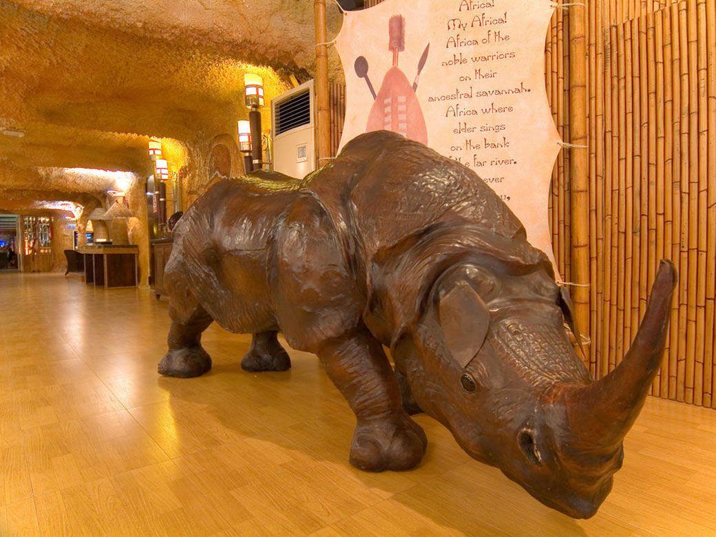 Rinoceronte del Magic Rock Hotel