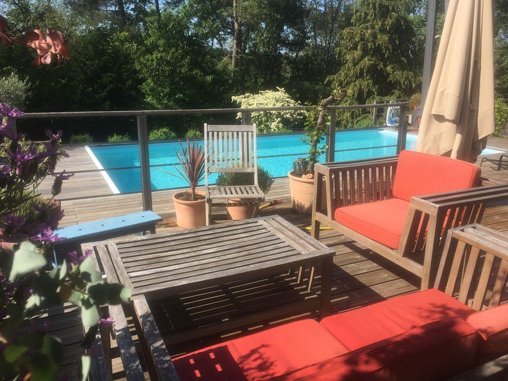 Residencia con jardín para 8 huéspedes
