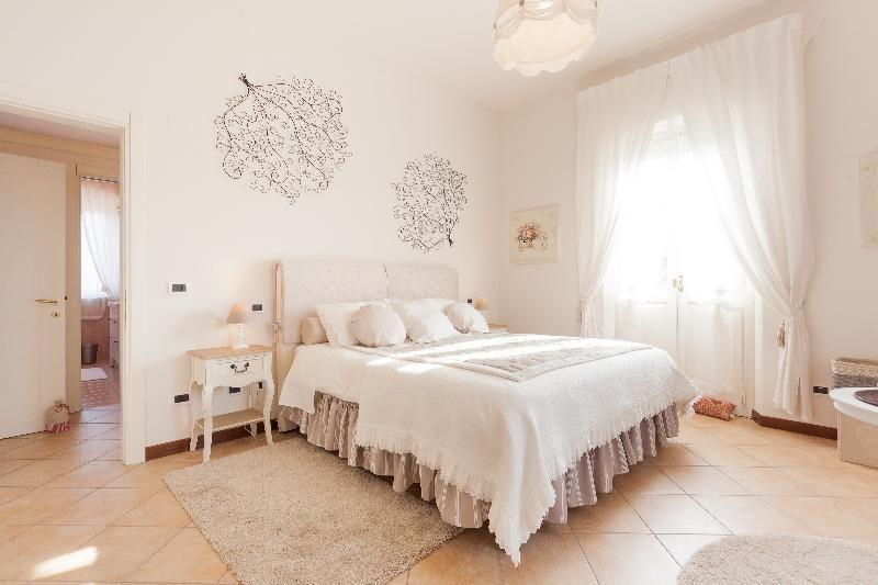 Nina Guest House civico 17