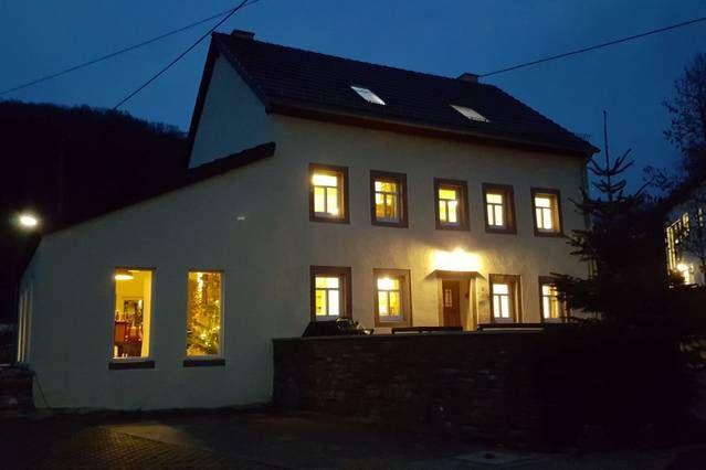 Residencia de 7 habitaciones en Zweifelscheid