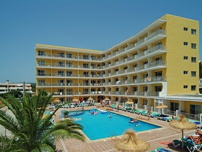 Flat in Es cana with swimming pool