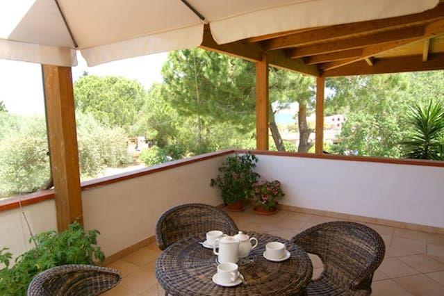 Alojamiento equipado en Castellabate