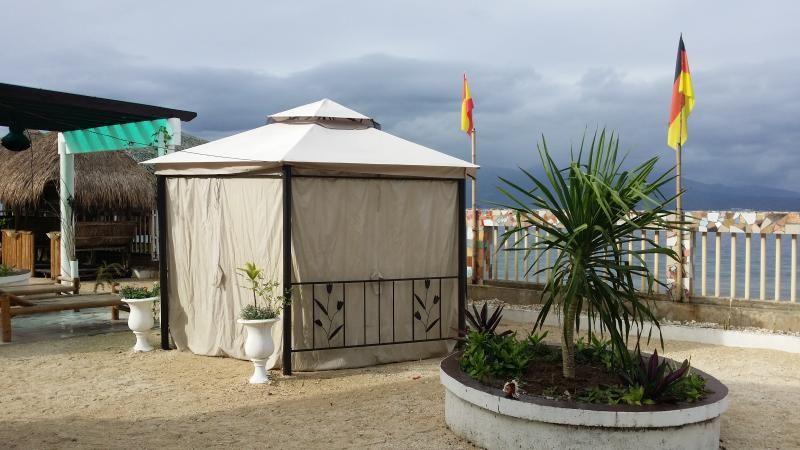 tent on the beach nearby top tourist spots