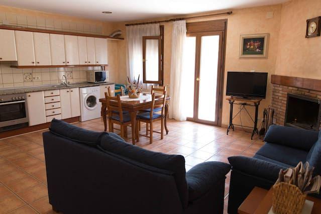 Alojamiento de 100 m² en Beceite