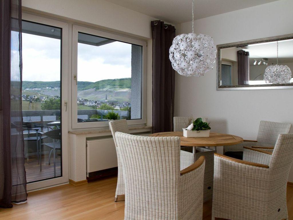 Apartamento con vistas con parking incluído