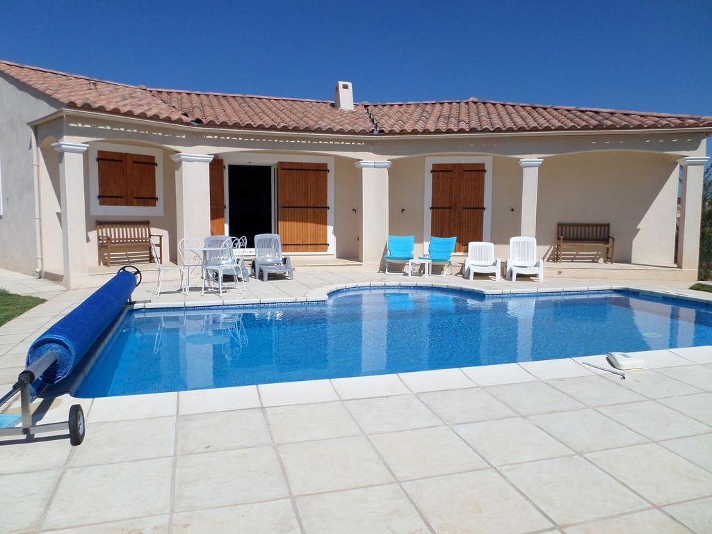 Residencia de 3 habitaciones en Neffiès