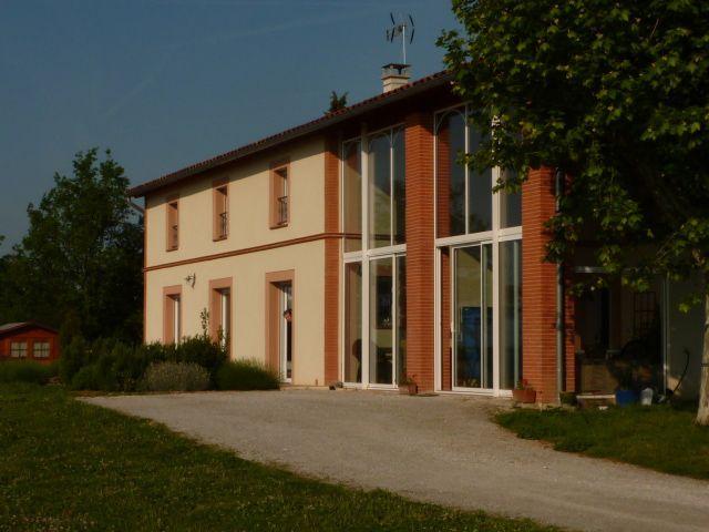 Alojamiento de 280 m² con jardín