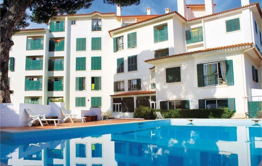 Apartamento con piscina en Estoril