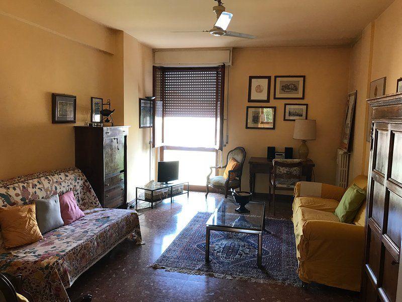 grande appartamento in pieno centro citta' a pisa