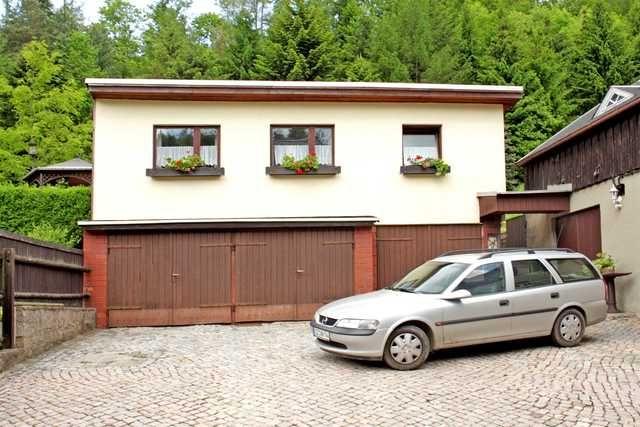 Ausgestattetes Haus mit inklusive Parkplatz