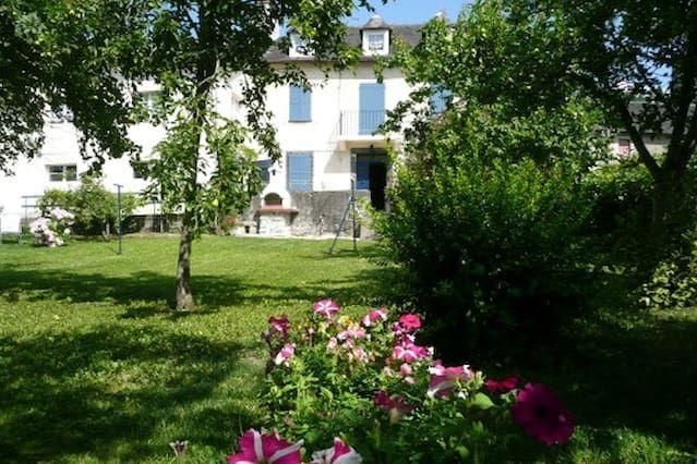 Alojamiento de 100 m² en Asasp-arros