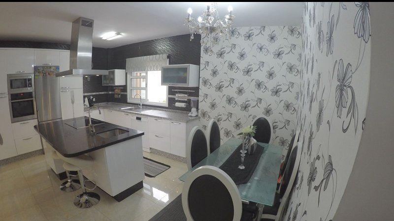 Casa de 4 habitaciones en Costa adeje