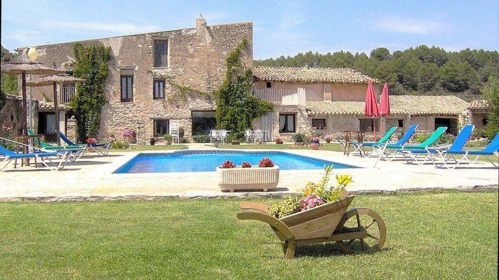 Alojamiento con jardín en Arnes