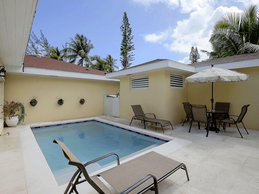 Vivienda de 2 habitaciones en Paradise island