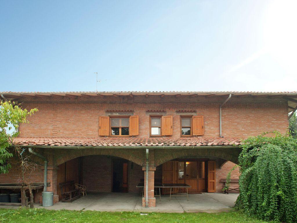 Casa de 225 m² en Cesena