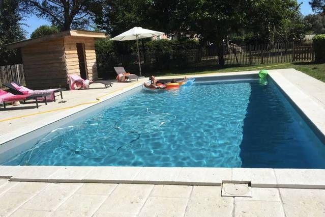 Vivienda con piscina para 9 personas