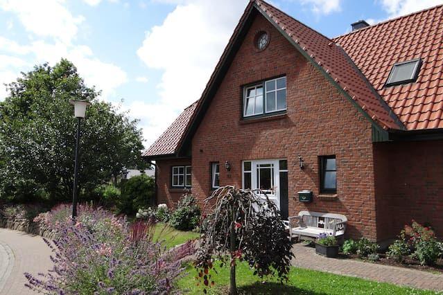 Ausgestattete Wohnung in Barkelsby
